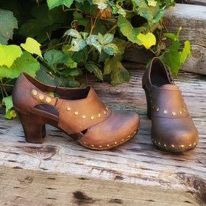 🥀DANSKO 'Ryder' Leather Studded Clog 9.5 - 10